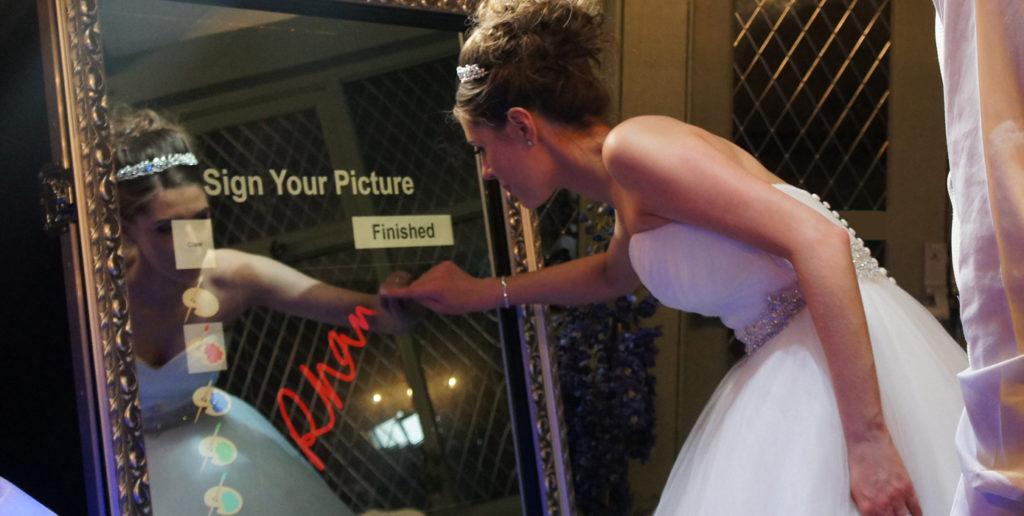 mirror-photo-booth-indianapolis